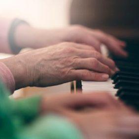 Apprentissage de la musique : pourquoi n'est-il jamais trop tard ?